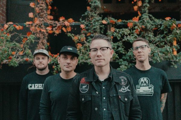 HAWTHORNE HEIGHTS PREMIERE NEW SONG 'THE PERFECT WAY TO FALL APART (LOST)'